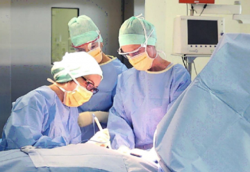 Alejandra Martinez – Chirurgienne cancérologue