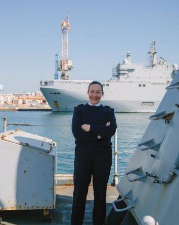 Commandant Marie Martineau – Capitaine de vaisseau