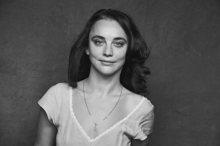Anastasia Mikova, journaliste et réalisatrice