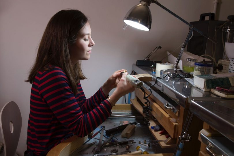Bona Calvi, jewelry designer in Milan and her miniatures to wear